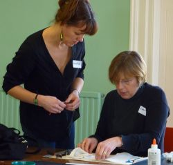 Caroline_Lambert_fused_glass_workshop_Kingshill_House.jpg